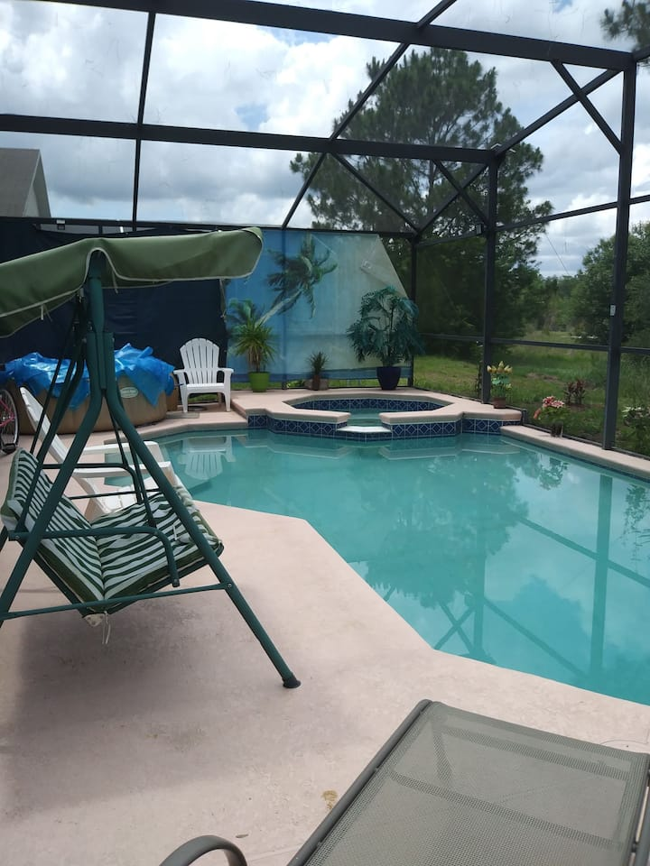 Master bedroom  pool view near Disney
