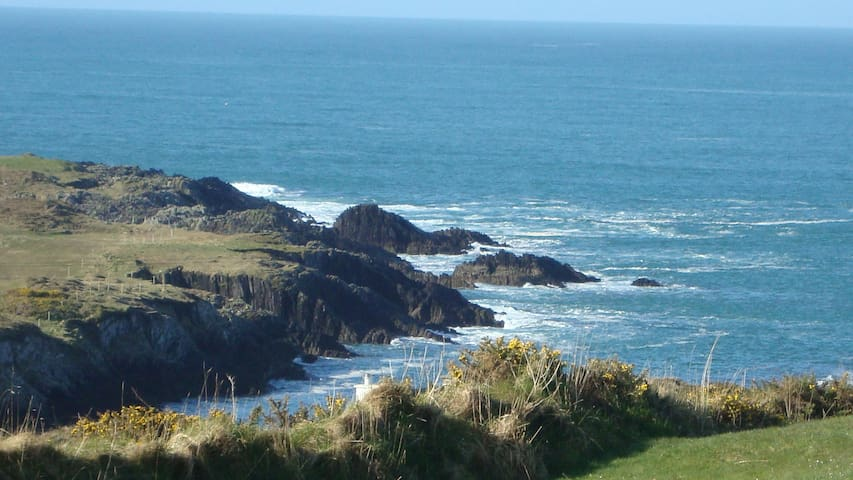 Boreen Cottage on the Atlantic Ocean
