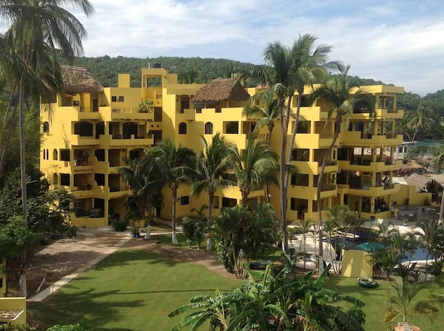 Beachfront Condo In Los Ayala - Tepic