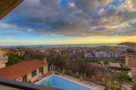 Gaeta Gulf 1bdr 1btr Jacuzzi Balcony Shared Pool - Scauri