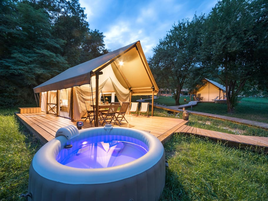 Private Jacuzzi for relaxing