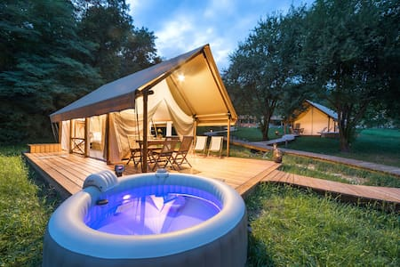 Chateau Ramsak Glamping resort / Family MEDIUM