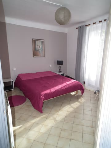 MOUSTIERS ST Marie appartement - Moustiers-Sainte-Marie - Hus