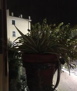 Il giardino segreto - Santo Stefano di Magra