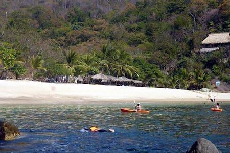 Habitacion doble  Playa la Boquilla - Puerto Ángel - 小木屋
