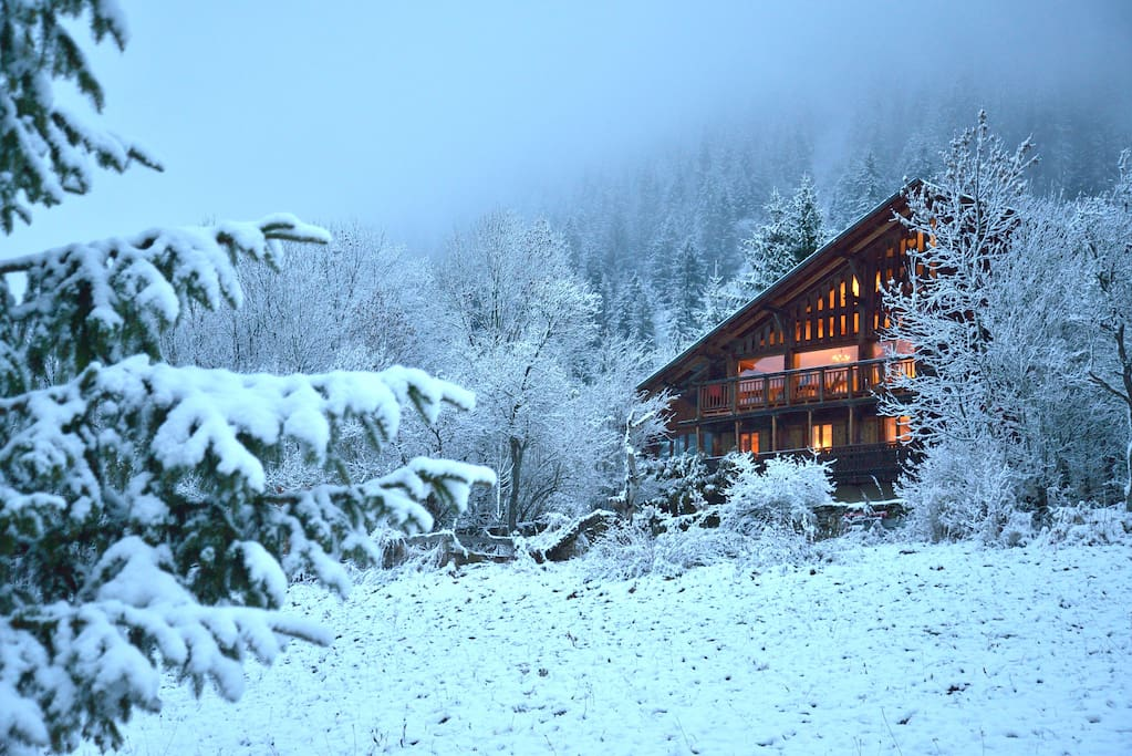 Chalet Cannelle in the winter