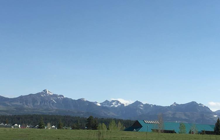 Clean air, wilderness , sunshine!