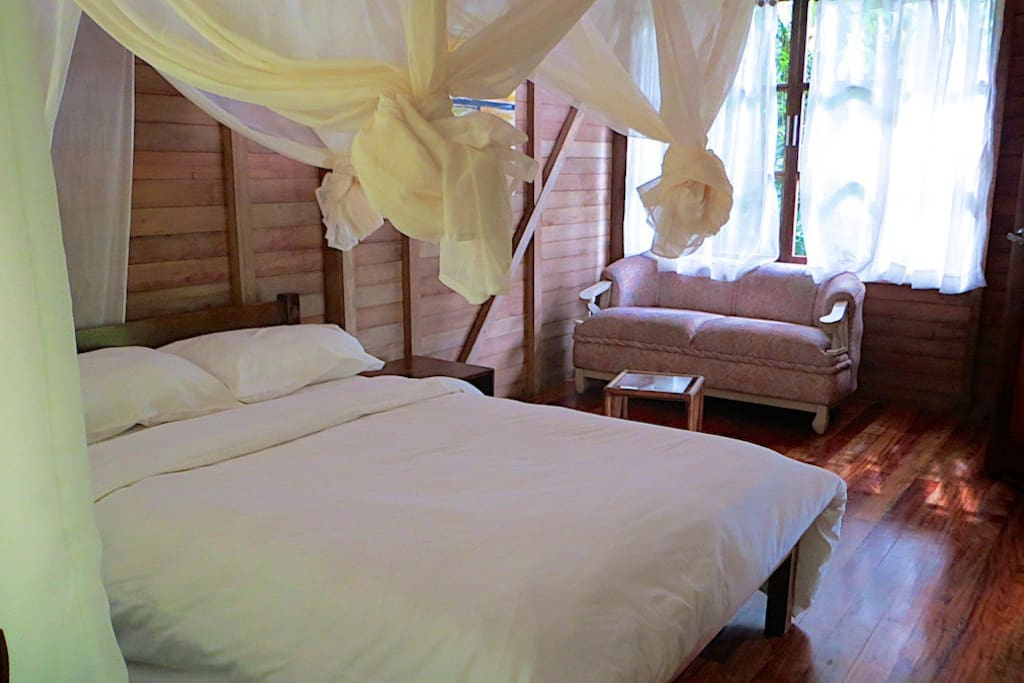 Private bungalow room for 2 persons.