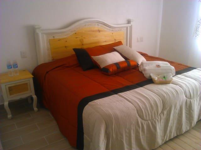 habitación para 2 personas peña de bernal Qro(con) - Bernal - Loft