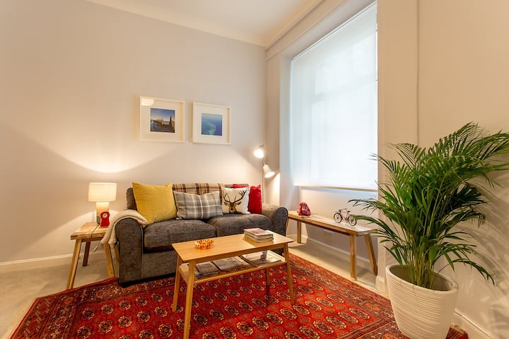 Enjoy Living as a Local at The Buchan Apartment