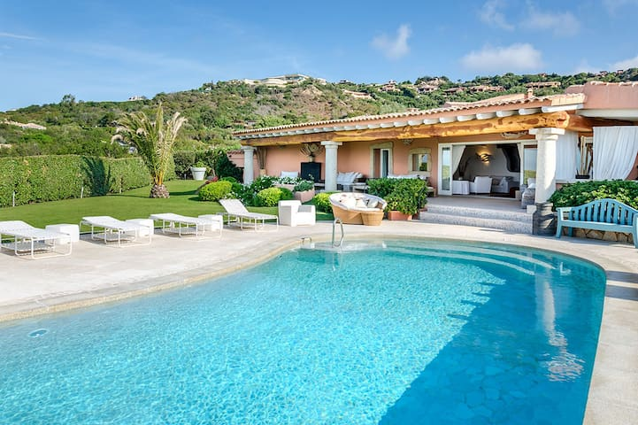 Villa for rent in Porto Cervo, Sardinia - Porto Cervo - Villa