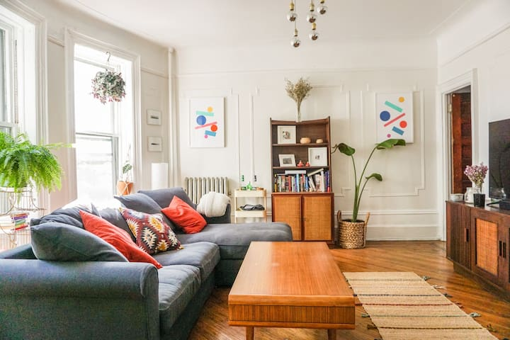 Bright, Spacious & Charming 1-bed Brownstone Apt