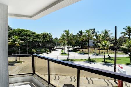 Apartamento amplo próximo à praia