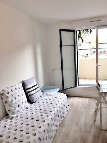 Sunny Room near Paris - Franconville - Appartement