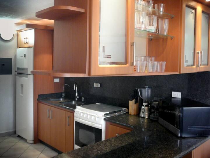 Bella Habitación en Departamento Valencia