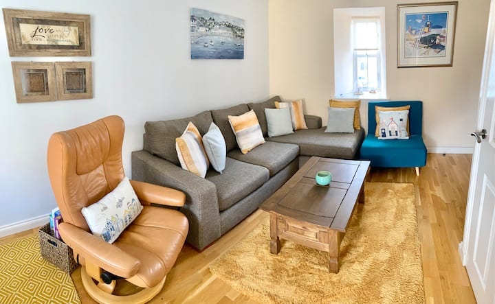 Anchor Cottage, Anstruther - private parking/Wifi