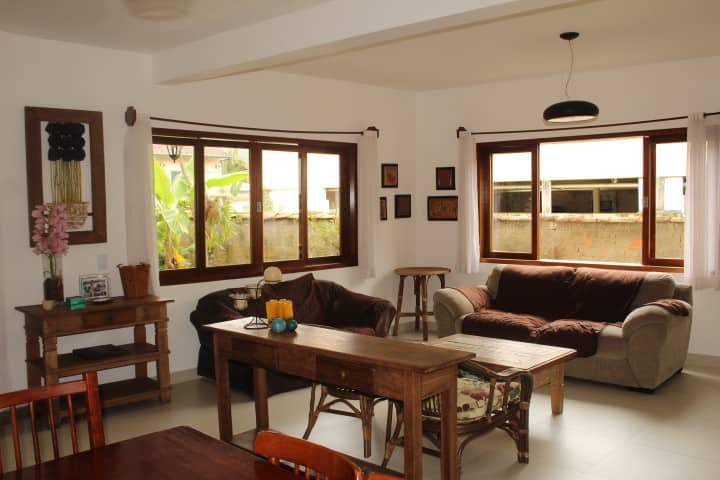 NEAR HISTORIC CENTER - AMPLE AND QUIET HOUS