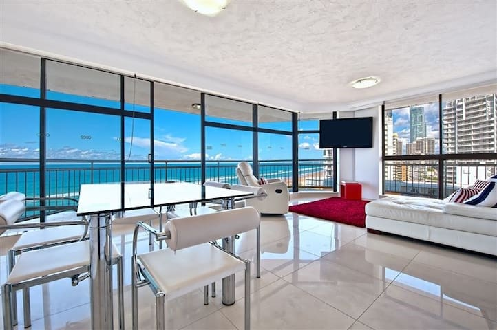 Surfers Paradise apartment with amazing views - Surfers Paradise