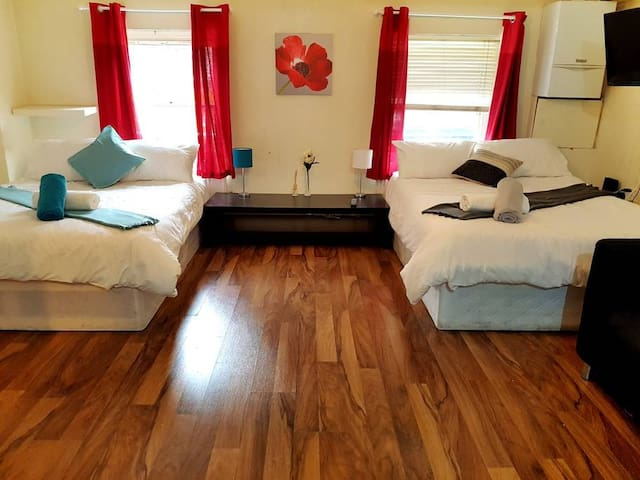 Cosy 1 Bed House In The Heart Of Central London