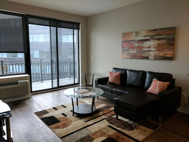 Luxury 2 Bedroom Apartment Near NYC #505