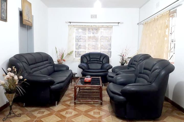 Spacious apt with terrace & Wifi