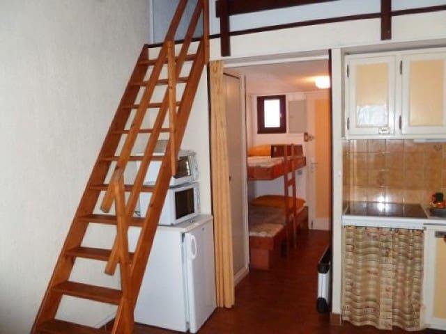 Studio dans villa mitoyenne piscine dans rés GV14N - Agde - Cabin