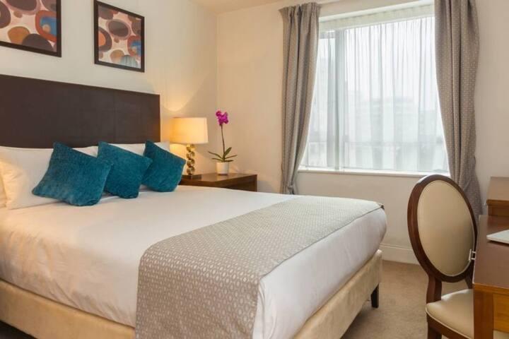 Canary Wharf 1 Bedroom Apartment