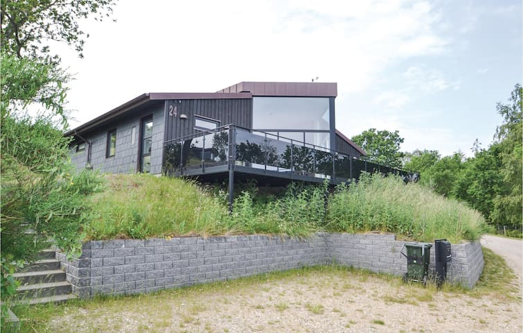 Holiday cottage with 3 bedrooms on 120m² in Glesborg