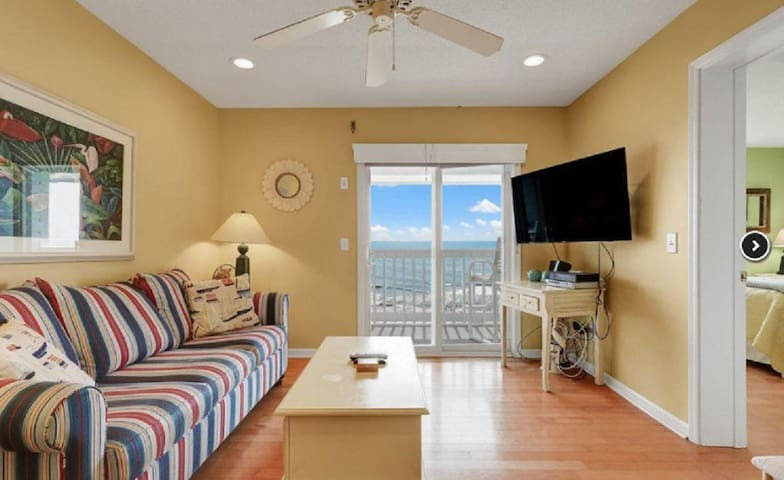 Oceanfront, Perfect Location, Updated 2 bed/2 bath