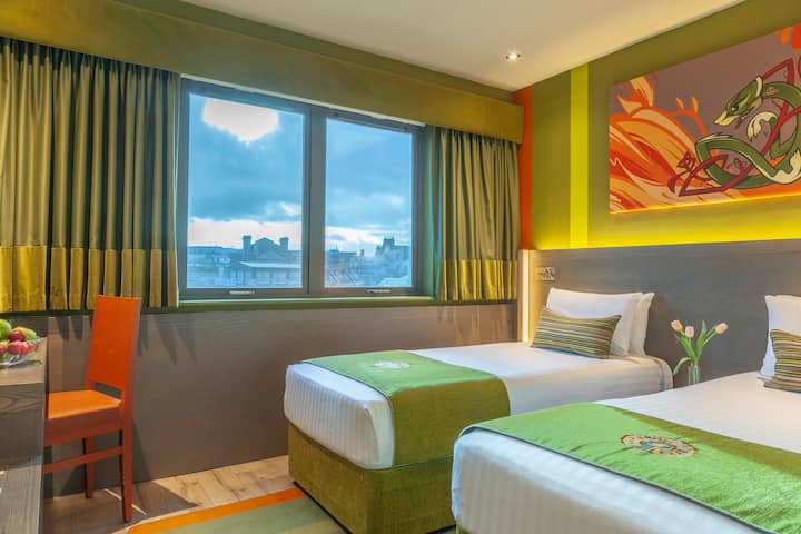 Unbeatable Location! 2 Person Boutique Hotel Room