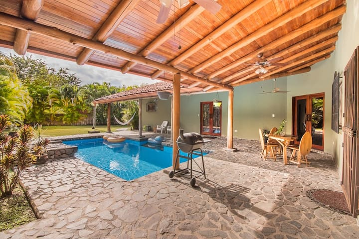 Family Retreat~Private Pool & Yard~Close to Beach!