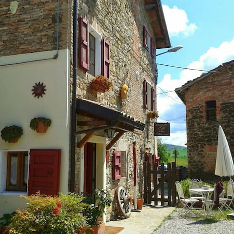 "B&B ""A Casa Nostra"" - Selvapiana - Bed & Breakfast"