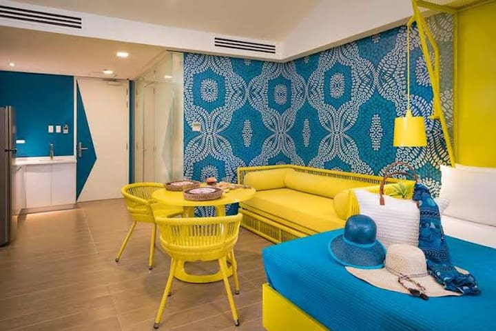 Bright & Cozy 1BR Suite at Astoria Palawan