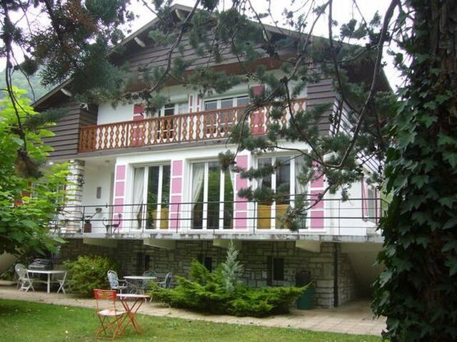 Maison du Dahu -Luchon- 10 personnes - Bagnères-de-Luchon - Huis