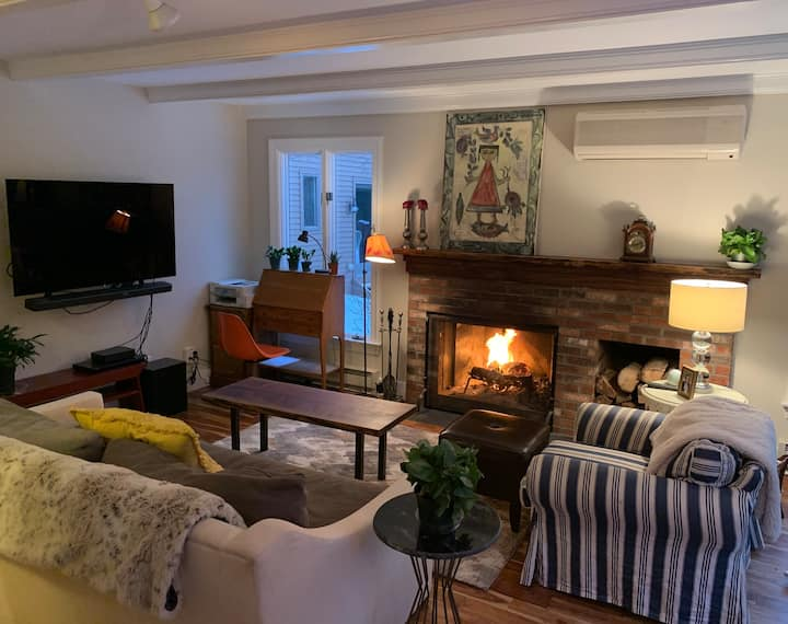 NEW! Intimate Condo in Quechee Lakes