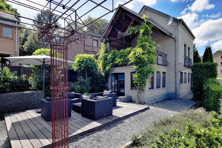 Gemütliches Ferienhaus auf dem Land in Verlaine-Sur-Ourthe