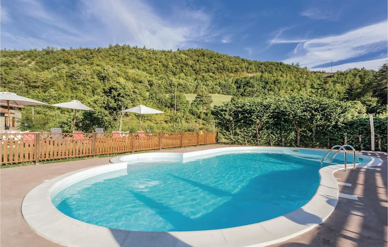 Holiday cottage with 6 bedrooms on 400m² in Palazzuolo s. Senio FI