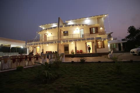 lakshmi madhavam homestay, AC.king size bed