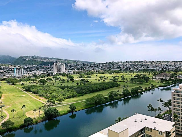 Waikiki/sea view/golf course/mountain/free parking