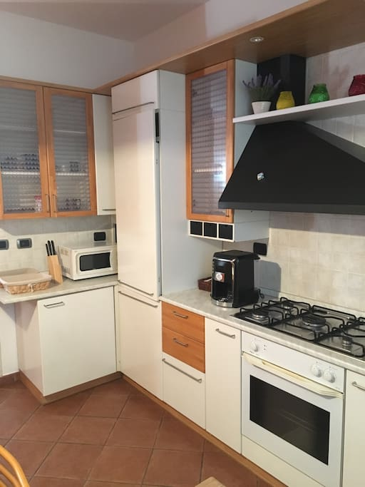 La cucina dispone di una macchinetta del caffè e un micronde
