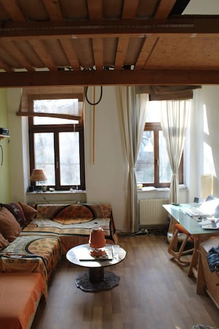 Ruhiges Zimmer im Szeneviertel Neustadt