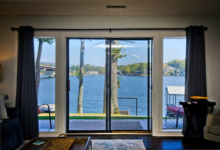 """Waters Edge"" Perfectly Located & Renovated Condo"