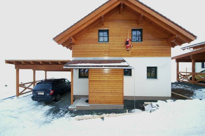 Upscale Holiday Home in Bodensdorf with wellness & Sauna
