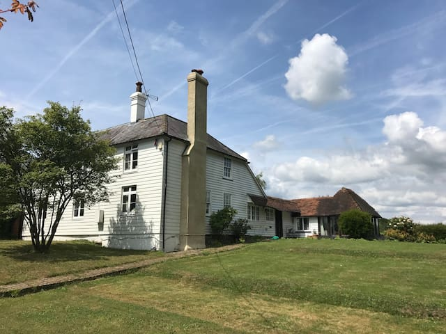 Country House nr Ticehurst/Wadhurst