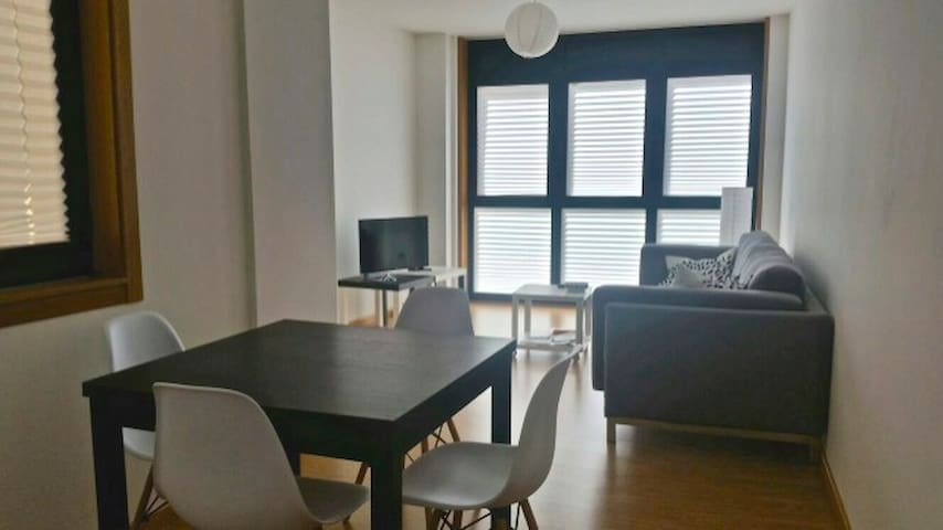 Fantastic new apartment. 100 mts to the beach