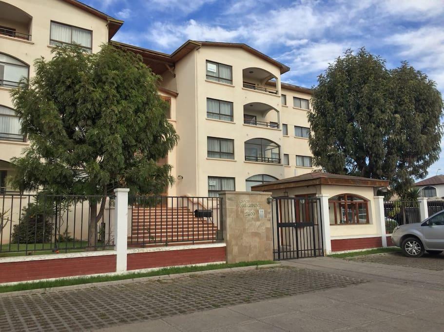 Edificio, departamento en 3 piso