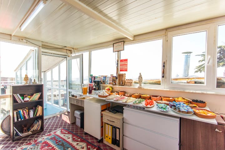 Apartment with sea and bluemousqe view - Fatih - House