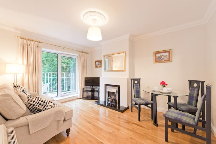 2 Beds apartment - Ballsbridge D4