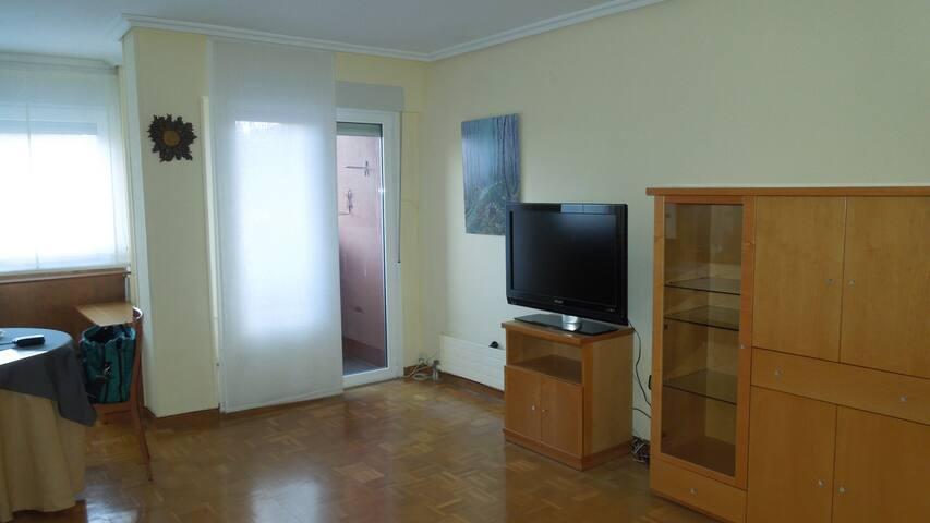 Quiet & bright flat.Vitoria Center - Gasteiz - Bed & Breakfast