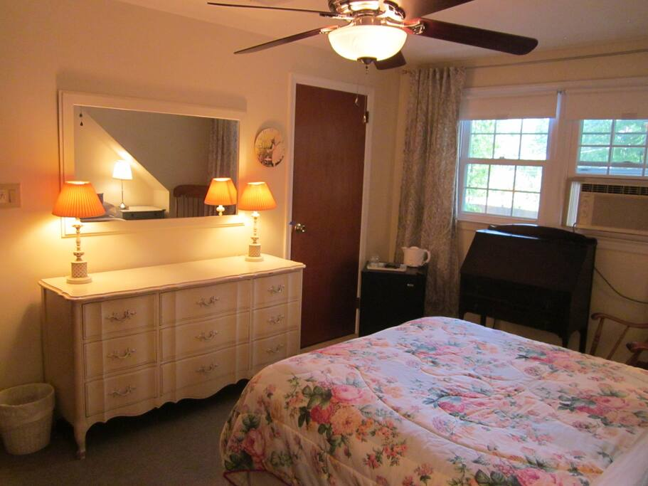 Upstairs 2 Bedroom Suite With Bathroom Houses For Rent In Park Ridge New Jersey United States